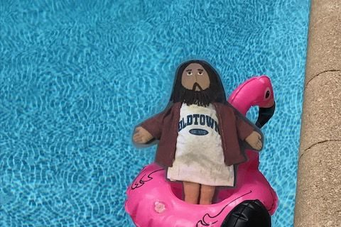 Flat Jesus Hits the Pool