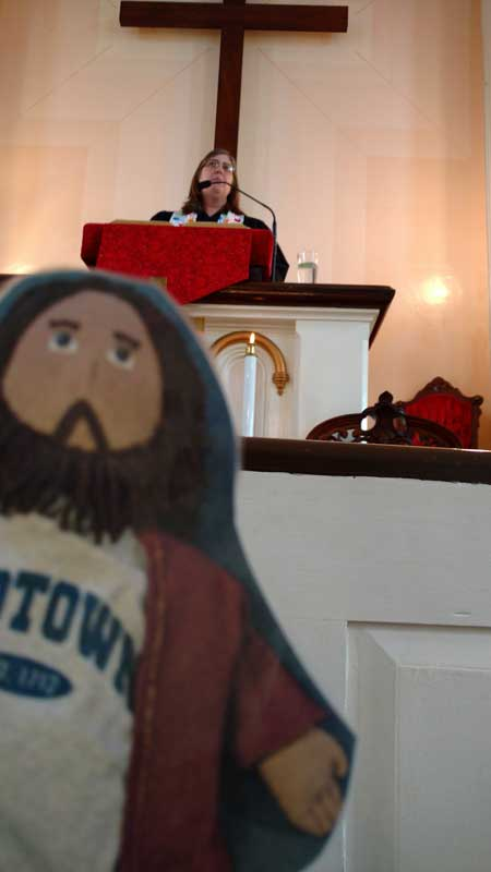 Flat Jesus Sermon Photbomb